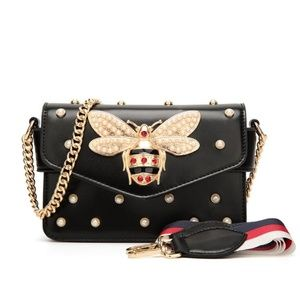 Handbags - C'est la Vie Bee Boutique Vol 1 Bag